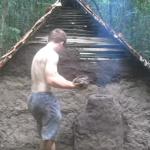 Building A Primitive Hut in the Wild